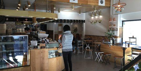 Ref: 2061, Cafe